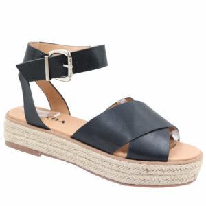 Jada Ladies Cross Over Strap Flat Form Sandal Black